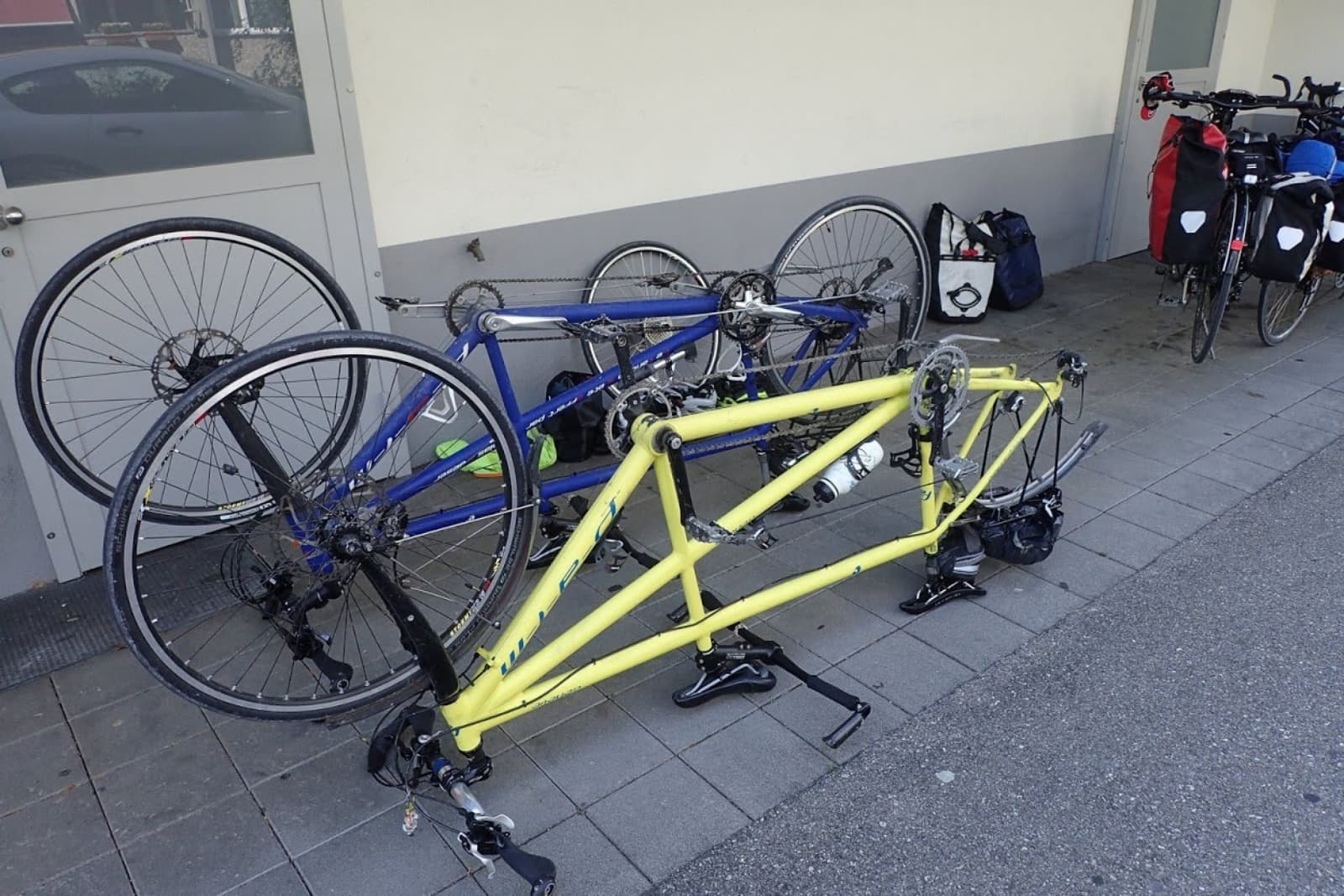 vélos en réparation
